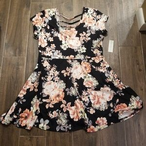 NEW! Bobbie Brooks ▪Floral dress w/ strappy back